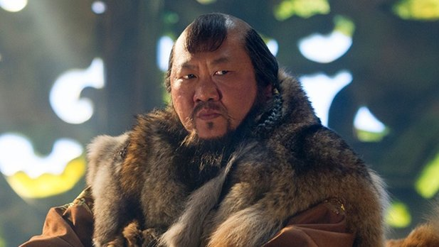 Benedict Wong (Serie Marco Polo) wird zum loyalen Wong in Marvels Doctor Strange.