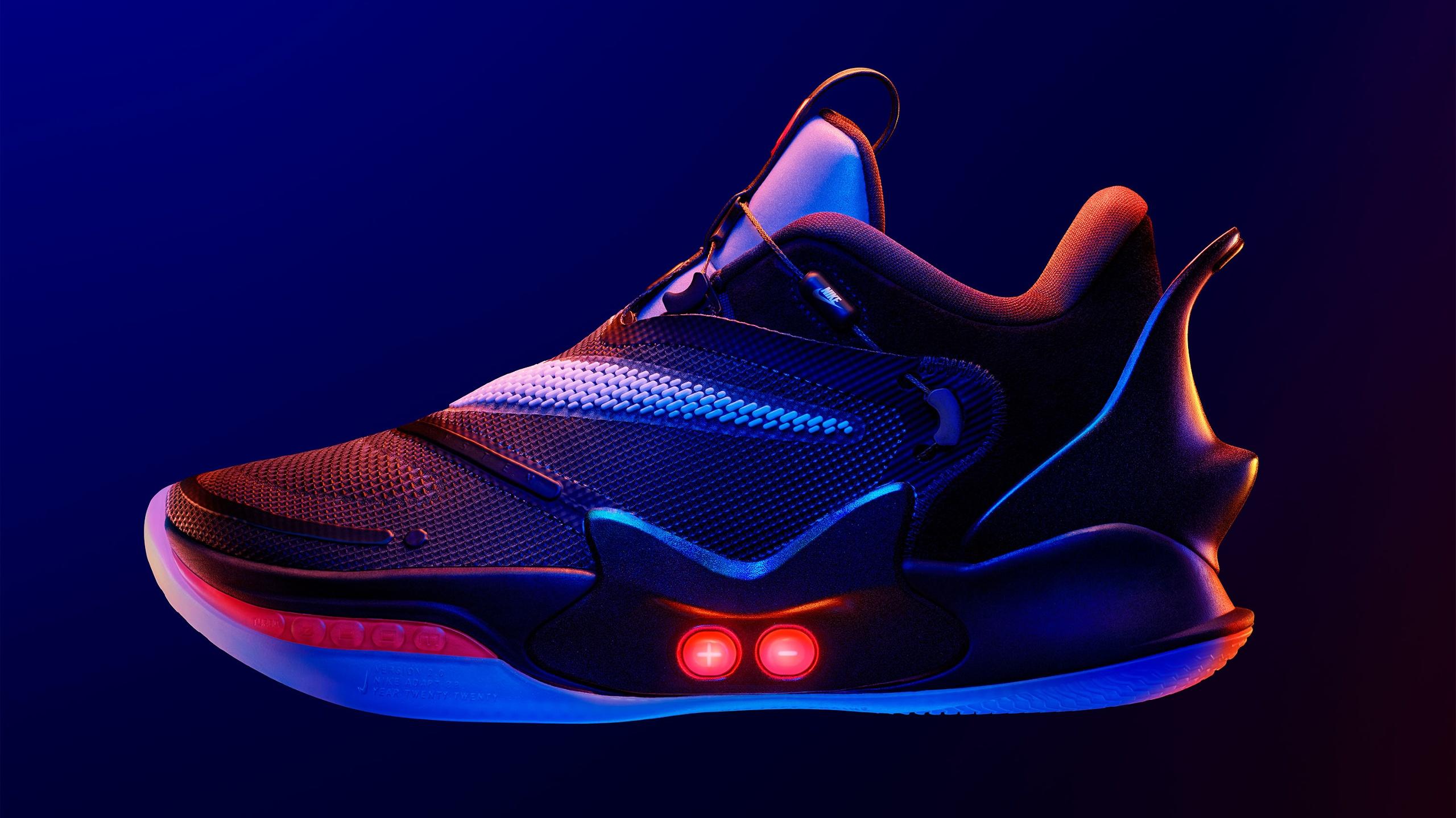 Nike stellt neue Generation des selbstschnürenden Schuhs vor